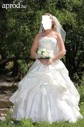 18eed5554c AKCIÓ! Eladó Menyasszonyi ruha | ESKÜVŐ határok nélkül – www.eskuvo ...