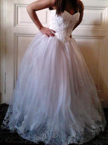 eladó menyasszonyi ruha  edcc101c31